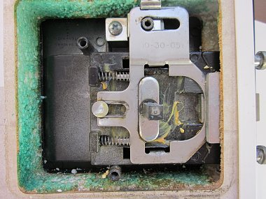 Click image for larger version  Name:rvdoor lock inside.jpg Views:99 Size:297.4 KB ID:15010