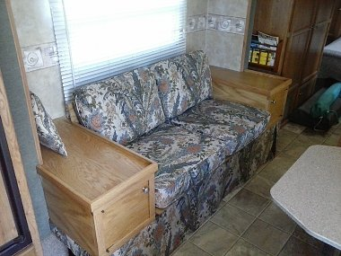 Click image for larger version  Name:LoveSeat.jpg Views:84 Size:349.8 KB ID:170426