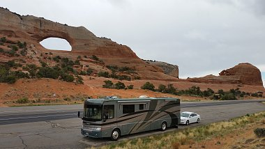 Click image for larger version  Name:1 Utah Arch With RV.jpg Views:5 Size:226.1 KB ID:172908