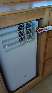 Click image for larger version  Name:13 49.4F Degrees Out Vent.jpg Views:12 Size:63.5 KB ID:180031