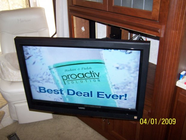 Click image for larger version  Name:RV Flat Panel 003.jpg Views:84 Size:51.0 KB ID:243
