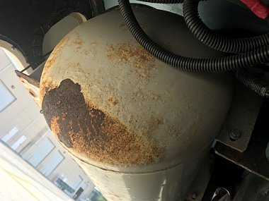 Click image for larger version  Name:Propane tank.jpg Views:4 Size:77.7 KB ID:24